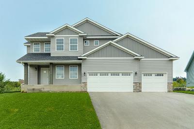 Buffalo Single Family Home For Sale: 2214 Bronco Lane