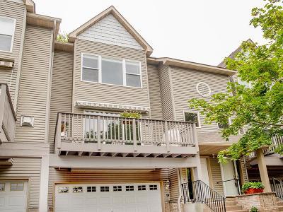 Minnetonka Condo/Townhouse For Sale: 9820 Cove Drive