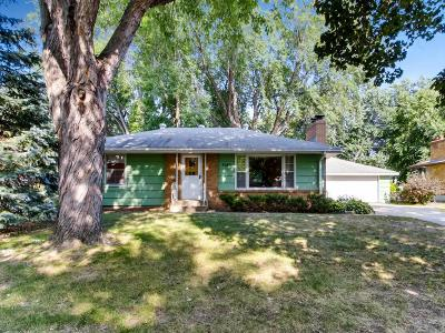 Roseville Single Family Home For Sale: 3082 Wilder Street N