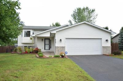 Isanti Single Family Home For Sale: 804 Dogwood Street SW