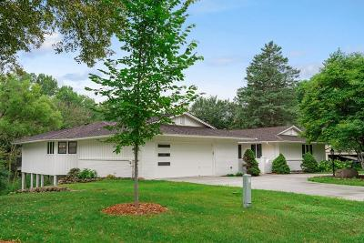 Edina Single Family Home For Sale: 6213 Loch Moor Drive