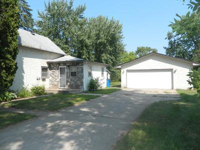 Elk River Single Family Home For Sale: 1220 5th Street NW