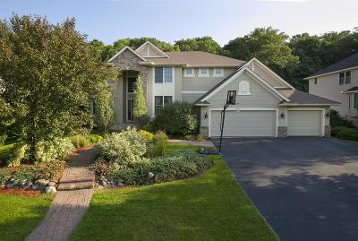 Eden Prairie Single Family Home For Sale: 9712 Laforet Drive