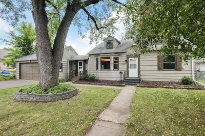 Bayport Single Family Home Contingent: 550 Maine Street N