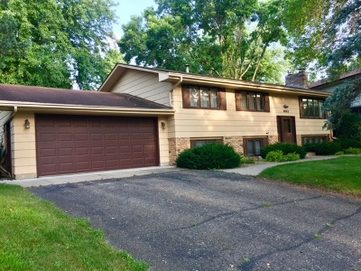 Bloomington Single Family Home For Sale: 4643 Heritage Hills Drive