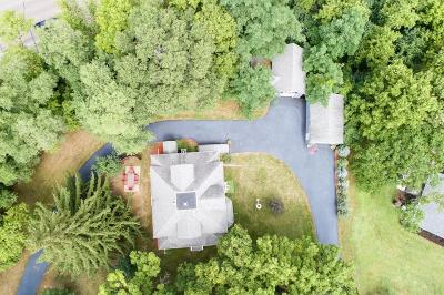 Minnetonka Single Family Home For Sale: 12424 Pioneer Road