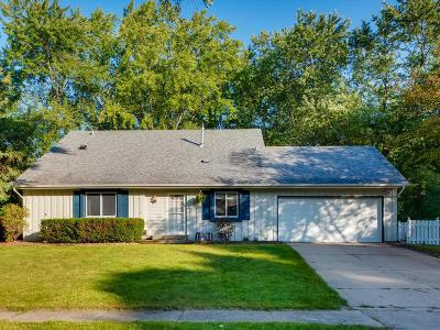 Apple Valley MN Single Family Home For Sale: $300,000