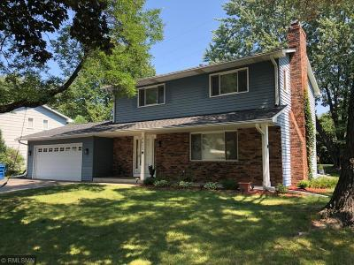 Edina Single Family Home For Sale: 6411 Limerick Drive