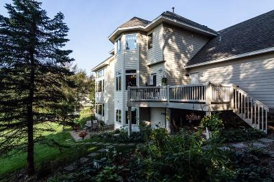 Victoria Single Family Home For Sale: 8855 Wedgemere Drive