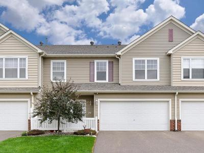 Wayzata, Plymouth Condo/Townhouse For Sale: 5070 Holly Lane N #6