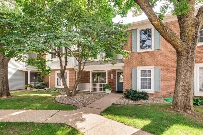 Bloomington Condo/Townhouse For Sale: 7519 W 110th Street