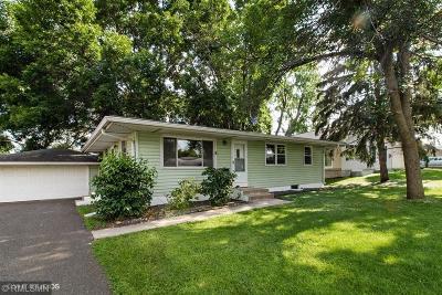 Fridley Single Family Home For Sale: 148 Horizon Circle NE