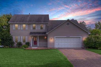 Apple Valley Single Family Home For Sale: 15768 Highview Drive