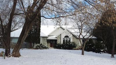 Hennepin County Single Family Home For Sale: 5680 Juneau Lane N
