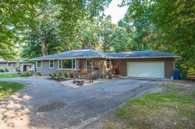 Plymouth Single Family Home For Sale: 14909 Gleason Lake Drive