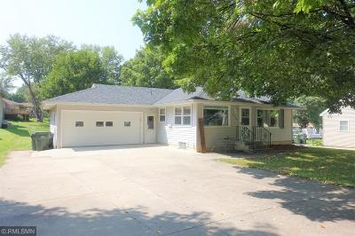 Hutchinson Single Family Home For Sale: 226 Dale Street SW