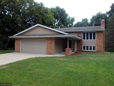 Carver, Eden Prairie, Chanhassen, Chaska Single Family Home For Sale: 1427 Valley View Road