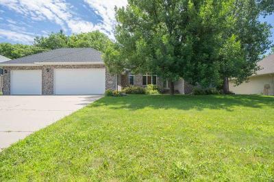 Chaska Single Family Home Contingent: 3115 Canyon Road