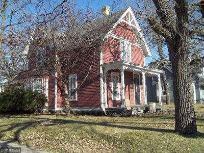 Saint Cloud MN Single Family Home For Sale: $119,900