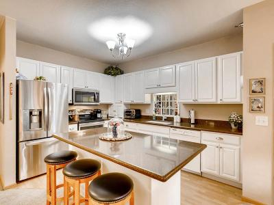Chanhassen Condo/Townhouse Contingent: 1331 Lake Drive W #A108