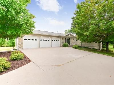 Rogers Single Family Home Contingent: 14207 Raspberry Drive