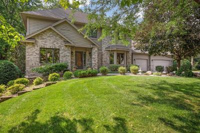 Lakeville Single Family Home For Sale: 17697 Lake Oak Circle