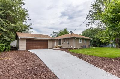 Forest Lake MN Single Family Home Contingent: $189,900