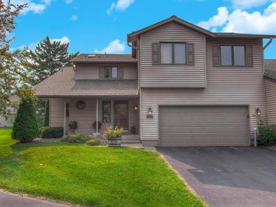 Plymouth Condo/Townhouse For Sale: 4110 Ranchview Lane N
