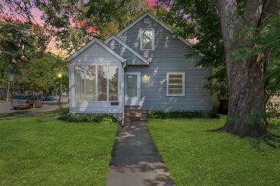 Minneapolis Single Family Home For Sale: 4401 Clinton Avenue