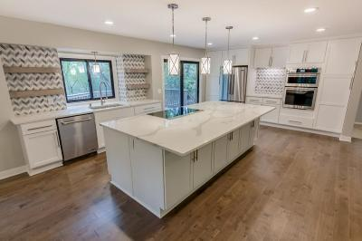 Apple Valley Single Family Home For Sale: 8485 133rd Street W