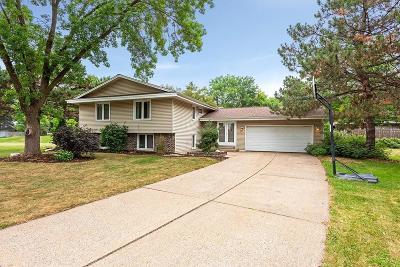 Bloomington Single Family Home For Sale: 9705 Utica Circle
