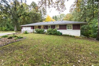 Minnetonka Single Family Home For Sale: 12757 Woodcourt Lane