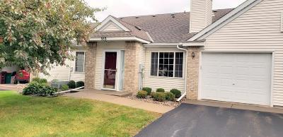 Chanhassen Condo/Townhouse Contingent: 553 Mission Hills Drive