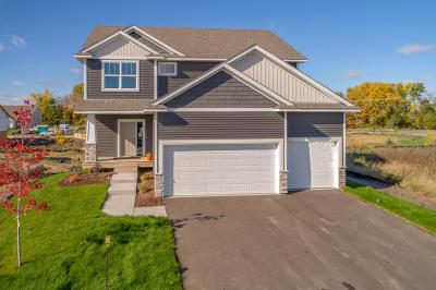 Lino Lakes Single Family Home Contingent: 6767 Redwood Avenue