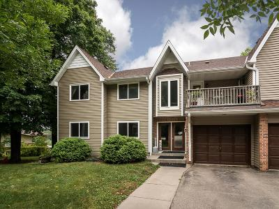 Prior Lake Condo/Townhouse Contingent: 4660 Tower Street SE #122