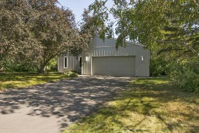 Eden Prairie Single Family Home For Sale: 7247 Green Ridge Drive