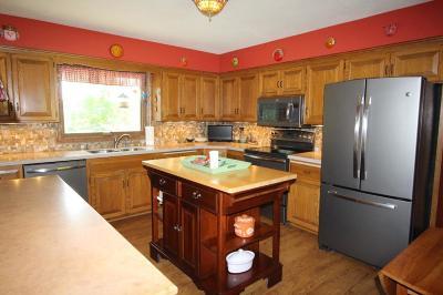 Burnsville Single Family Home For Sale: 2005 Raymar Court