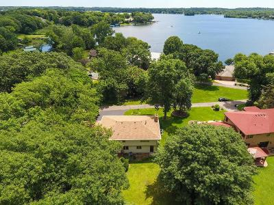 Tonka Bay Single Family Home For Sale: 40 Willow Wood Drive