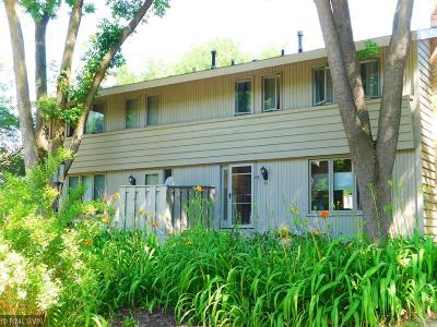 Burnsville Condo/Townhouse For Sale: 93 Walden Street
