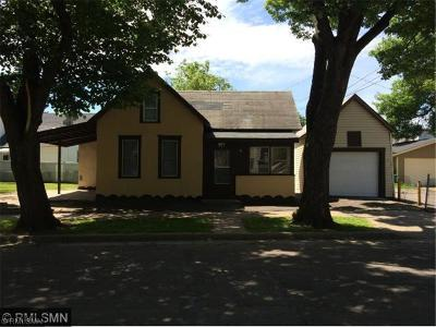 Saint Paul MN Single Family Home Contract for Deed: $129,900