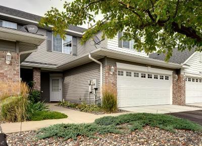 Northfield Condo/Townhouse For Sale: 625 Southbridge Drive