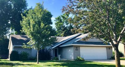Saint Cloud Single Family Home For Sale: 2905 Aurora Lane