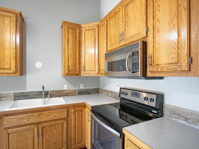 Lakeville Single Family Home For Sale: 16860 Grenadier Avenue