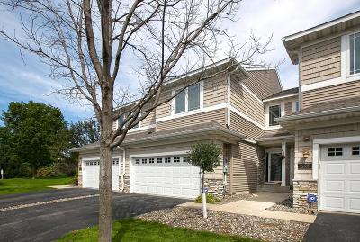 Eden Prairie Condo/Townhouse For Sale: 15521 Lilac Drive
