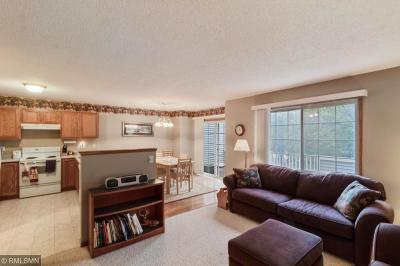 Coon Rapids Condo/Townhouse For Sale: 3012 113th Avenue NW