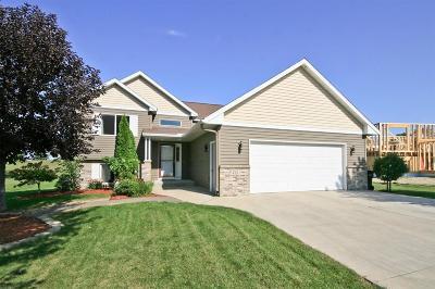 Hutchinson Single Family Home For Sale: 455 Ottawa Avenue SE