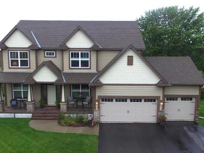 Maple Grove Single Family Home For Sale: 8093 Shadyview Lane N