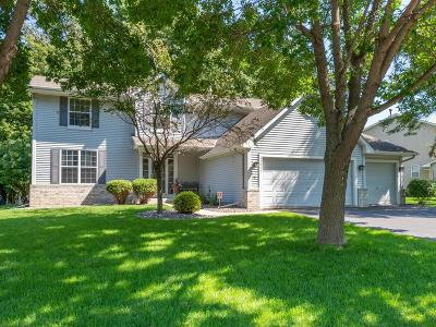 Maple Grove Single Family Home For Sale: 15866 73rd Place N