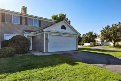 Burnsville Condo/Townhouse Contingent: 1829 Southcross Drive W #2101