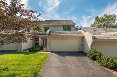 Deephaven, Long Lake, Minnetrista, Shorewood, Tonka Bay, Woodland, Excelsior, Minnetonka, Mound, Spring Park, Victoria, Greenwood, Minnetonka Beach, Orono, Saint Bonifacius, Wayzata Condo/Townhouse For Sale: 11834 Bren Road